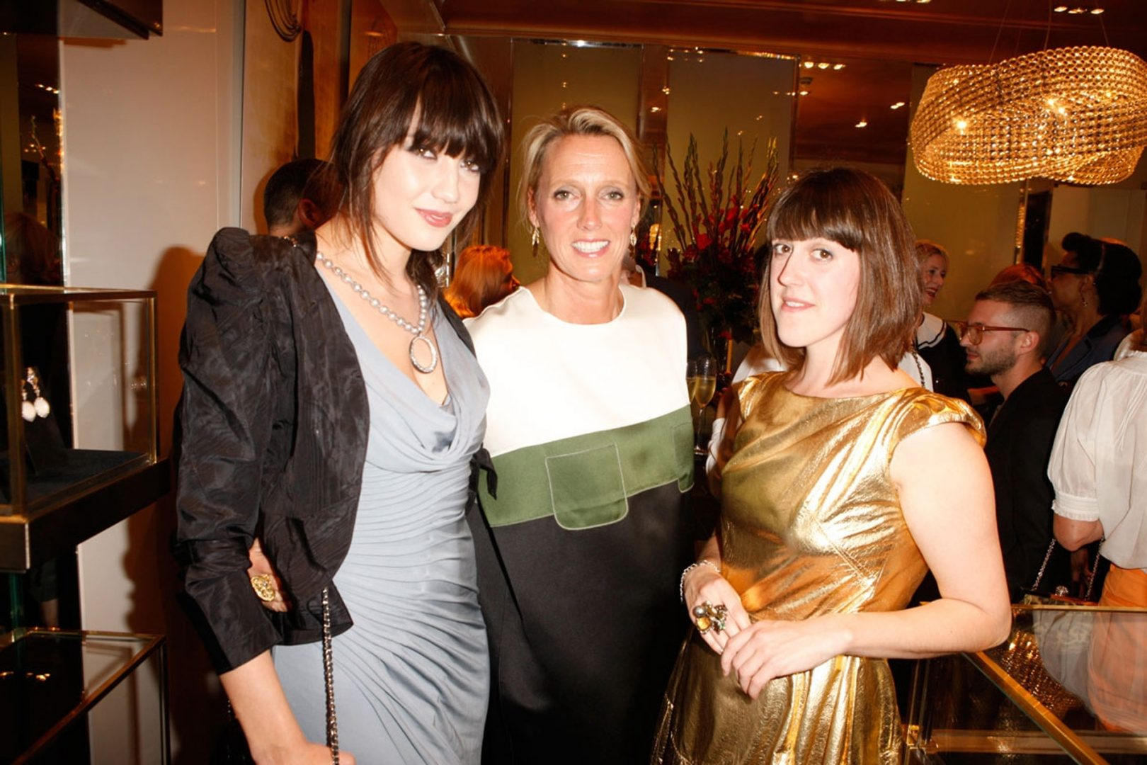 Art at Annoushka drinks and dinner 406 Daisy Lowe, ANnoushka Ducas and Rosie Emerson